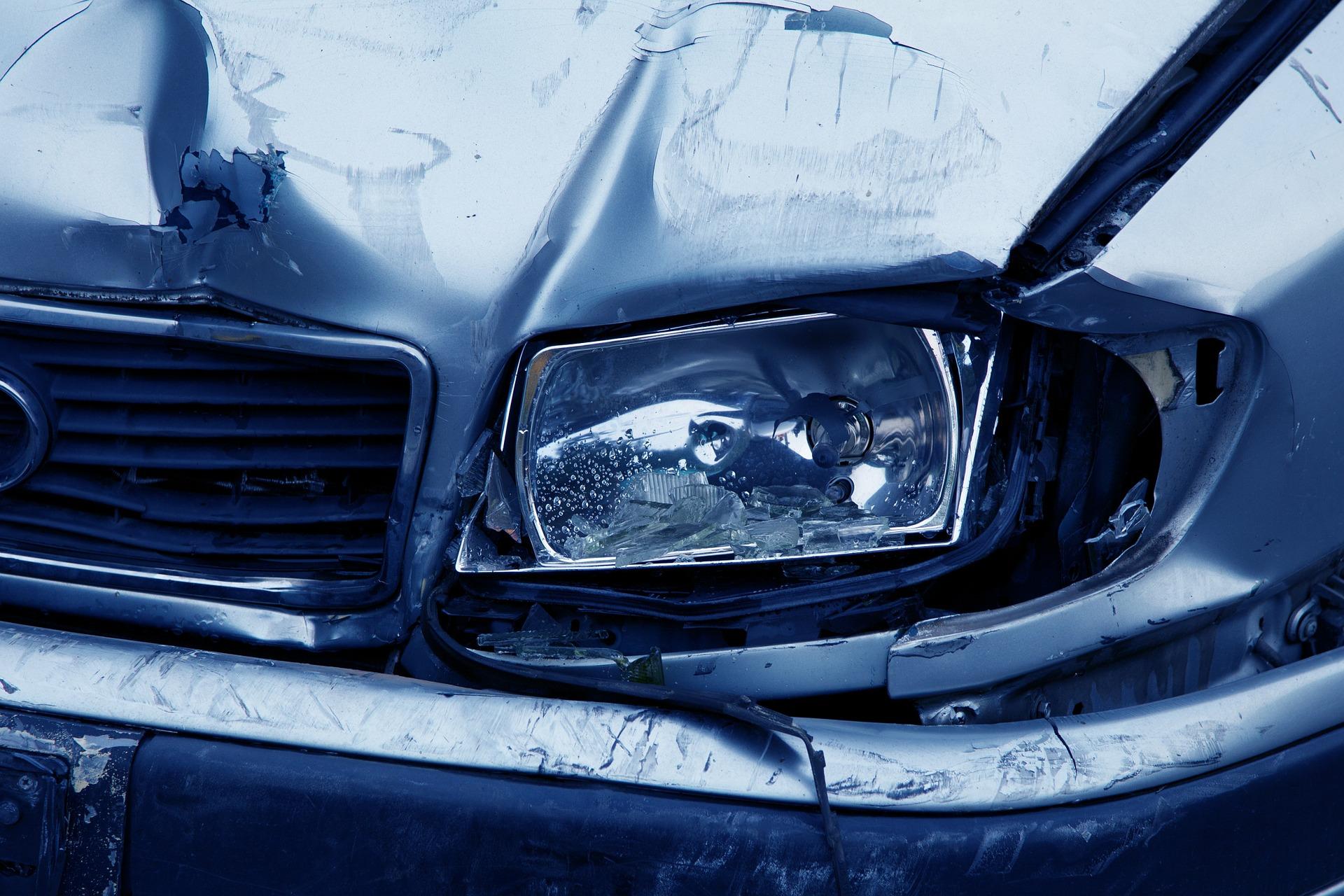 Forsikringsskader - Få dem lavet hos Bruhns biler - Mekaniker i Øsby